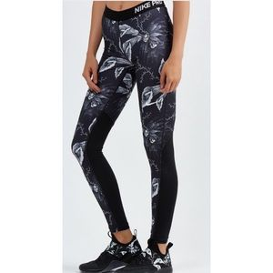 Nike Pro Cool B/W Floral Tight